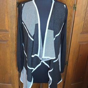 Belldini NWT Sweater long hang blk/wht XL